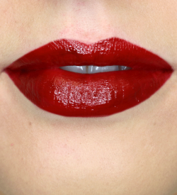 Red-Liquid-Lipstick